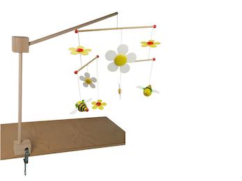 Mobilehalter Holz - 100 % Naturprodukt -  mit fröhlichem Mobile SUM SUM