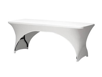 Stabiler Gartentisch aus Kunststoff mit weißer Stretch Husse - Klapptisch