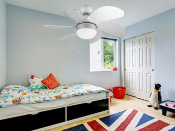 Deckenventilator 6 Flügel mit LED Licht & Zugschalter, in Silber Ø76cm, 3 Stufen