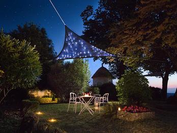 Solar Sonnensegel Sternenhimmel mit 100 LEDs Dreieck Dunkelbau 3,6m